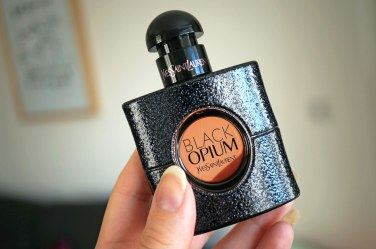 ysl-black-opuim